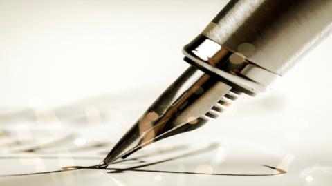 calligraphy pen writing